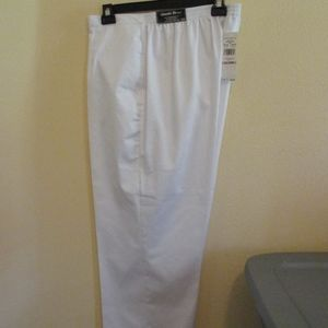 NWT - ALFRED DUNNER pants - sz 22W Short - $52.00
